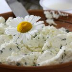 Cottage cheese with herbs